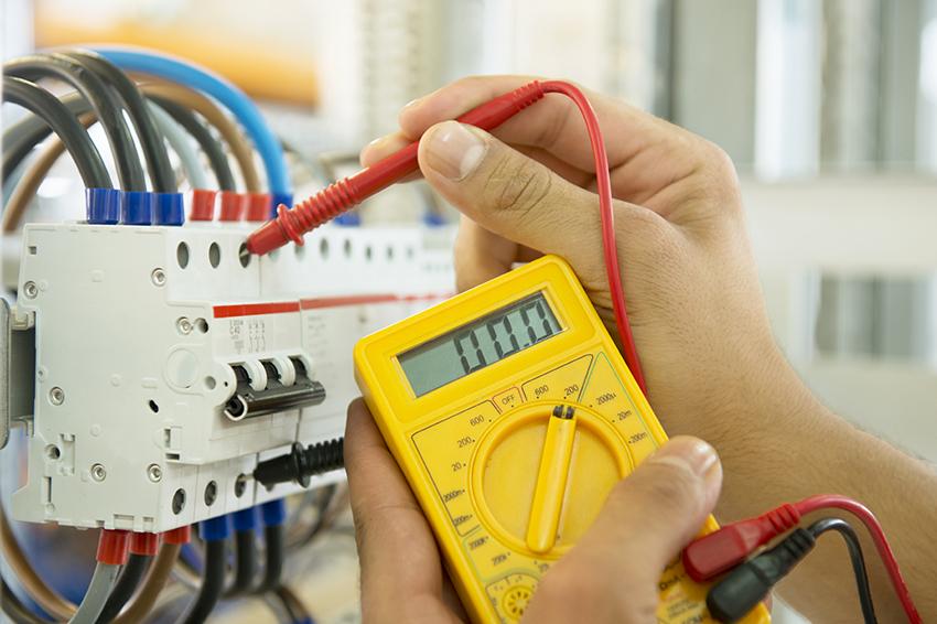 Как испытать электропроводку