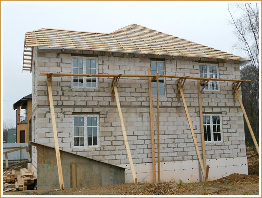 Построить дом самому или купить готовый под ключ